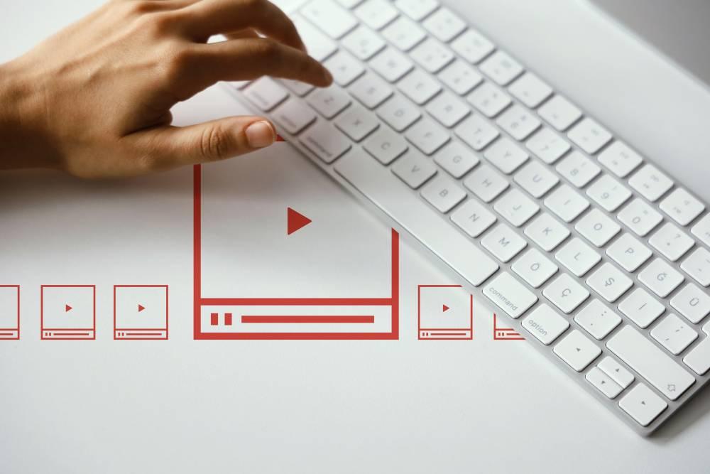 Emrah Pamuk Türk.İnternet Röportajı : Markaların Elindeki Görseller Teknolojiyle Başarılı Video Pazarlamaya Dönüşüyor