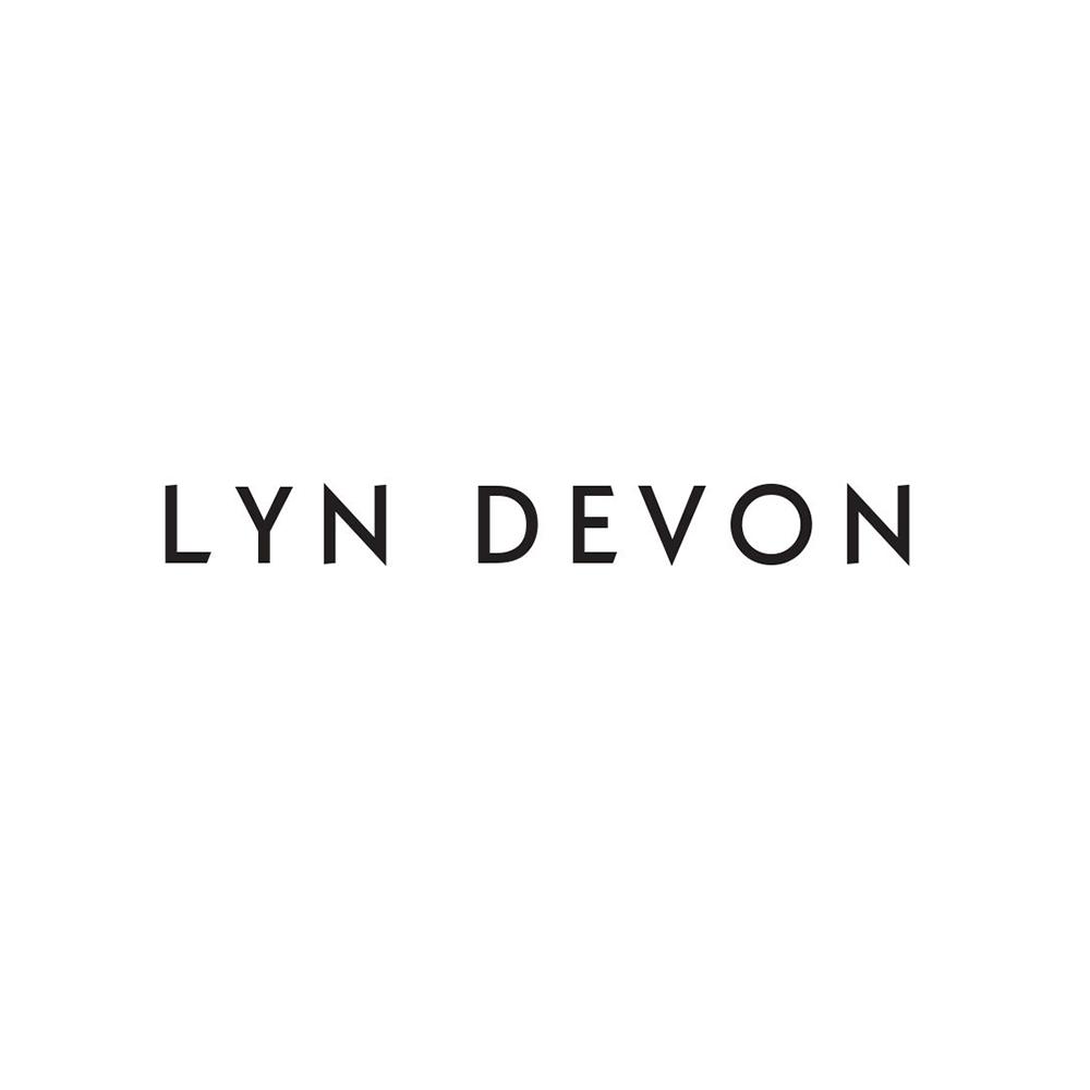 LYN DEVON
